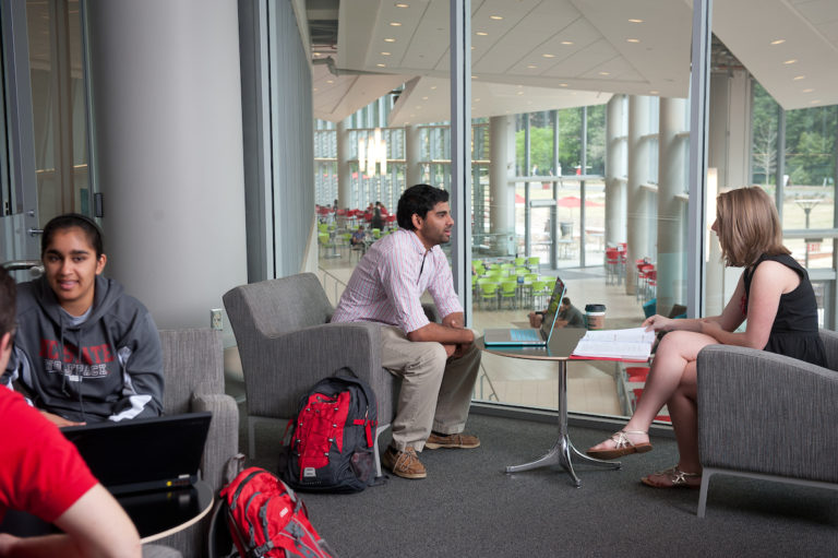 Students meet and collaborate in Talley Student Union.