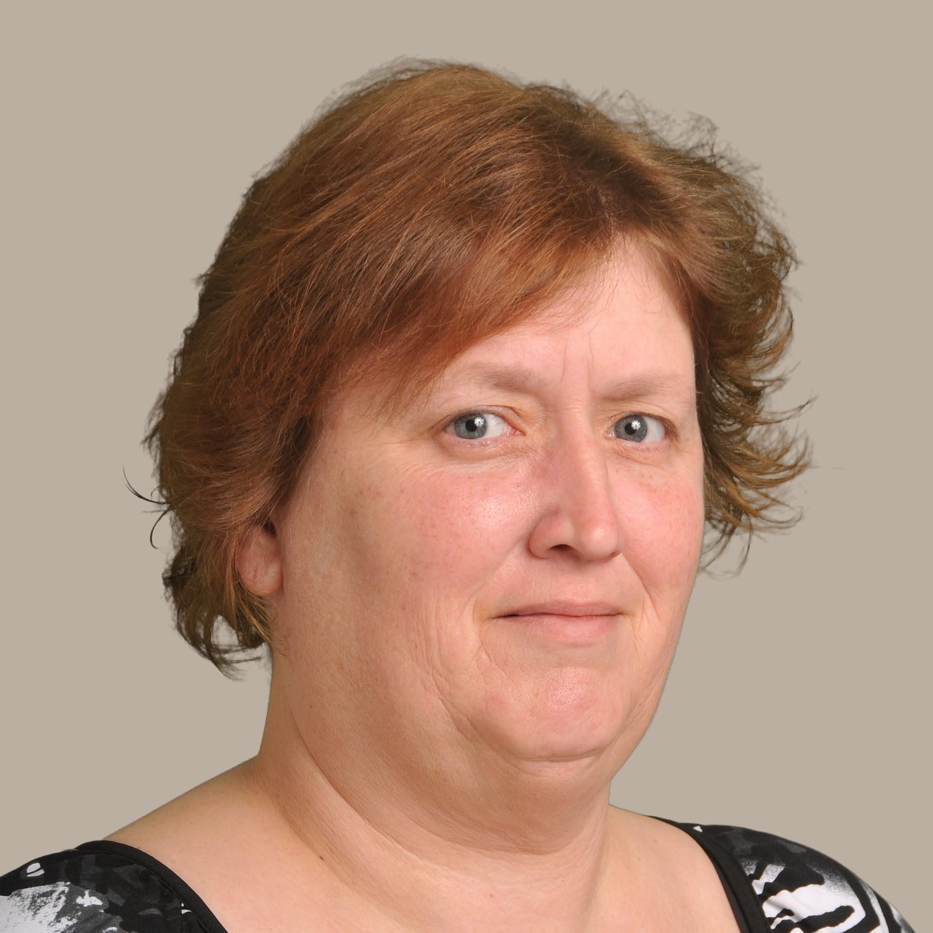 Teri Hellmann